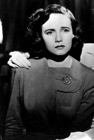 "Teresa Wright played Charlie Newton in ""Shadow of a Doubt.""  Photo: Anonymous, AP Photo / AP1942"