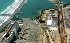 An artist's rendering shows the Carlsbad Desalination Project being built on the San Diego County coast.