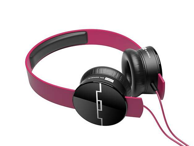 SOL Republic headphones with a pink headband. Photo: SOL Republic