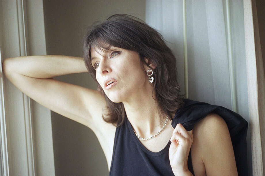 Chrissie Hynde, lead singer of the rock group The Pretenders, rock and roll's answer to Mae West. Photo: Chris Pizzello, ASSOCIATED PRESS / AP1995