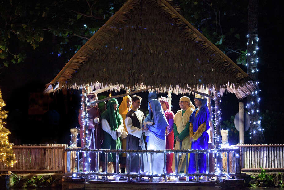 A living Nativity scene is on view during the Polynesian Cultural Center's Christmas in Polynesia canoe ride. (Polynesian Cultural Center)