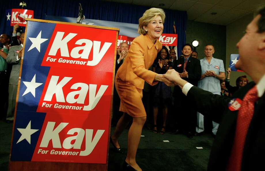 Senator Kay Bailey Hutchinson greets supporters just after she formally announced her plans to run for Governor of Texas, Monday,  Monday, Aug. 17, 2009, at the Bellaire Civic Center in Houston. Photo: Karen Warren, Houston Chronicle / Houston Chronicle