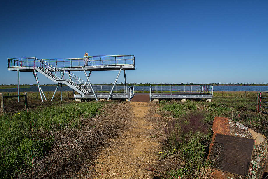 The Katy Prairie Conservancy's wildlife viewing platform on Warren Ranch Road in west Harris County is a great way to view Warren Lake and the surrounding prairie. Photo: Kathy Adams Clark / KAC Productions