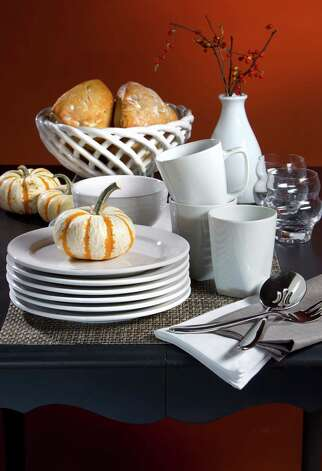 White dinnerware is versatile and food-friendly. (Tammy Ljungblad/Kansas City Star/MCT) Photo: Tammy Ljungblad, MBR / Kansas City Star