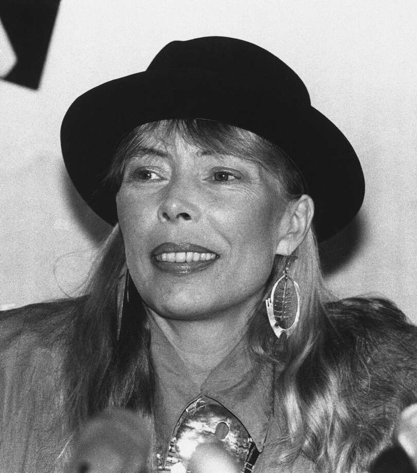 Joni Mitchell, one of the all-time greats. Photo: Anonymous, ASSOCIATED PRESS / AP1988