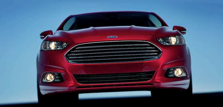 2013 Ford Fusion Photo: Ford, Ford Motor Company / © 2012 Ford Motor Company