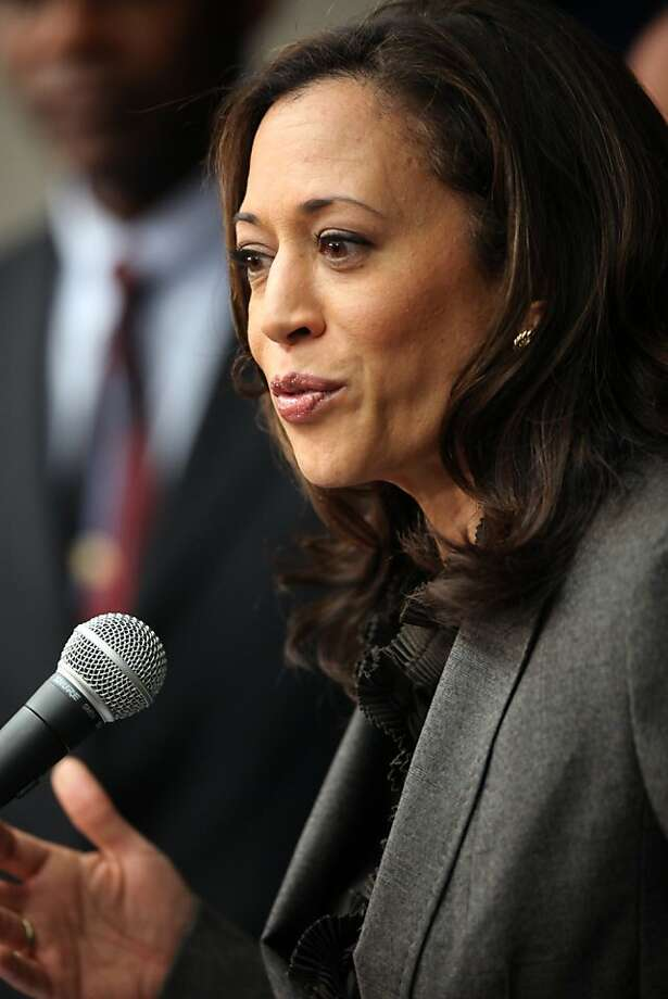 "California's Attorney General Kamala Harris. ""The best-looking attorney general in this country:, according to President Obama. Photo: Richard Vogel, Associated Press"