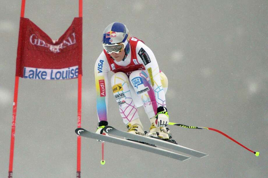 Lindsey Vonn, of the United States, speeds down the course in the women's World Cup downhill ski race in Lake Louise, Alberta, Friday, Nov. 30, 2012. Photo: Jonathan Hayward, Associated Press / CP
