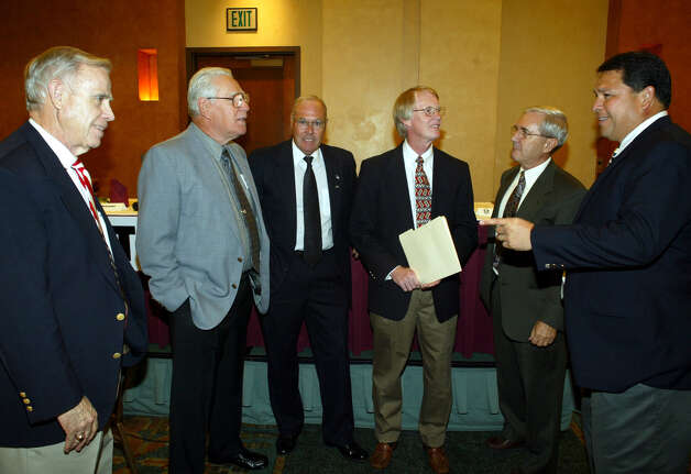 Gary DeLaune (from left), George Pasterchick, Rick Creekmore, Bill Swan, Frank Martin and Angel Cedillo are seen May 16, 2003. Photo: Greg McReynolds, For The Express-News / SAN ANTONIO EXPRESS-NEWS