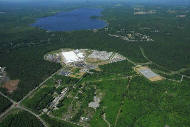 Aerial photo of GlobalFoundries Fab 8 site in Malta.  (Photo courtesy of GlobalFoundries) Photo: Michael Townsend / Aerial Dimensions