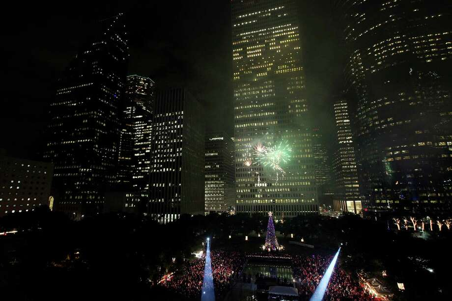 The firework show during the Mayor's 2012 Holiday Celebration and Tree Lighting at City Hall on Friday, Nov. 30, 2012, in Houston. Photo: Mayra Beltran, Houston Chronicle / © 2012 Houston Chronicle