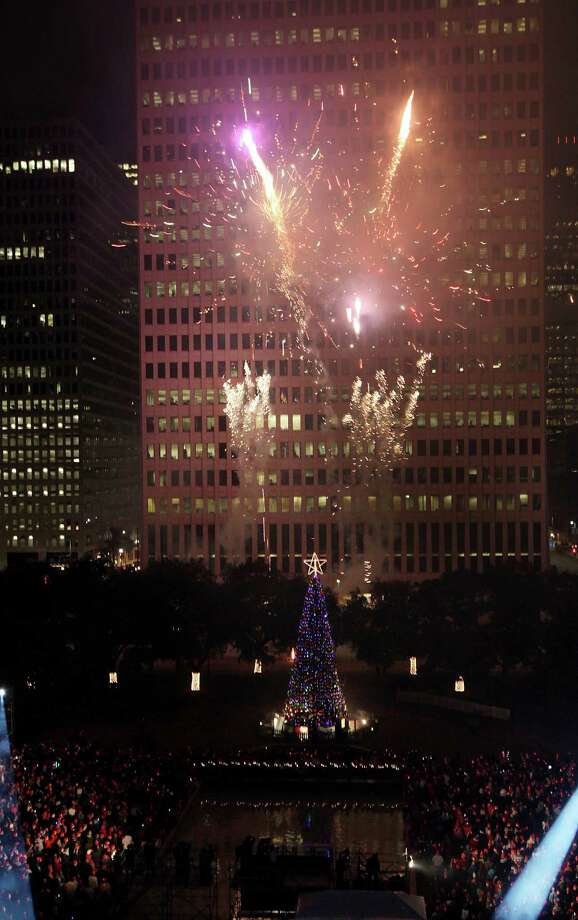 The fireworks show during the Mayor's 2012 Holiday Celebration and Tree Lighting at City Hall on Friday, Nov. 30, 2012, in Houston. Photo: Mayra Beltran, Houston Chronicle / © 2012 Houston Chronicle