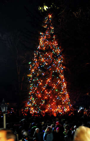 The annual Christmas Tree Lighting was held on the Town Hall Green in Fairfield, Conn. on Friday November 30, 2012. Photo: Christian Abraham / Connecticut Post