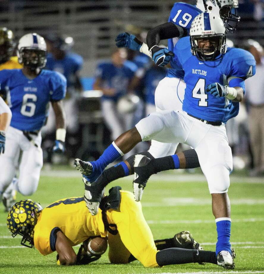 Navasota's Franterric Powell celebrates his tackle. Photo: Smiley N. Pool, Houston Chronicle / © 2012  Houston Chronicle