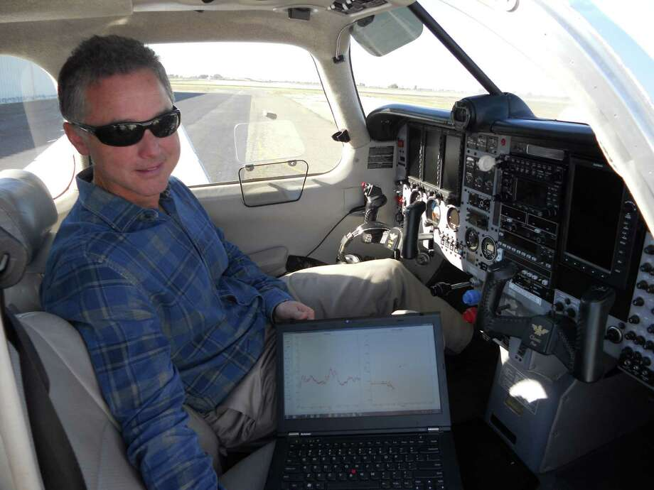 UC Davis atmospheric scientist Stephen Conley has been flying over PG&E natural gas pipelines, looking for leaks. Plumes of methane show up on the screen of his laptop. Photo: David Baker, Staff Writer / ONLINE_YES
