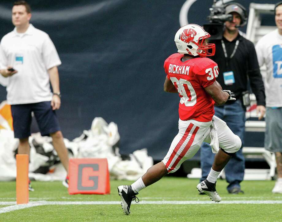 Katy's Ricky Bickham scores in the fourth quarter. Photo: Bob Levey, Houston Chronicle / ©2012 Bob Levey