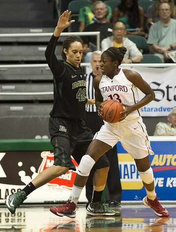 Britney Griner (left) defends Chiney Ogwumike in Stanford's Nov. 16 win. Photo: Marco Garcia, Associated Press