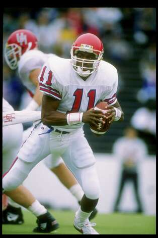 Andre Ware won the Heisman Trophy in 1989 while quarterbacking Houston's high-flying offense. Photo: Joe Patronite, Getty Images / Getty Images North America