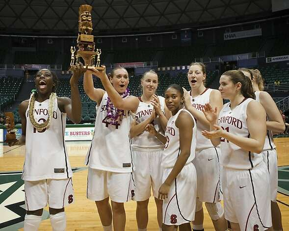 Stanford lifts the Rainbow Wahine Classic trophy two days after beating defending national champ Baylor, ending the Bears' 42-game win streak. Photo: Marco Garcia, Associated Press