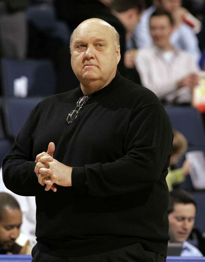 FILE - In this Jan. 14, 2009, file photo, Saint Louis coach Rick Majerus stands on the sidelines during the first half of an NCAA college basketball game against Massachusetts in St. Louis. Majerus, the jovial college basketball coach who led Utah to the 1998 NCAA final and had only one losing season in 25 years with four schools, died Saturday, Dec. 1, 2012. He was 64.  (AP Photo/Jeff Roberson, File) Photo: Jeff Roberson, STF / AP