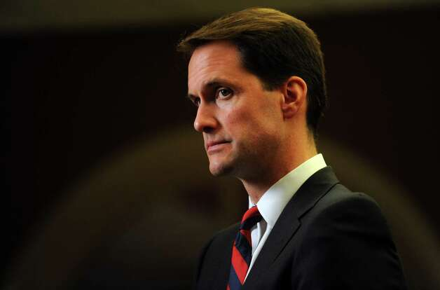 U.S. Rep. Jim Himes, D-Conn., talks to the media Nov. 6, 2012, at the Holiday Inn in Bridgeport, Conn. Photo: Autumn Driscoll / Connecticut Post