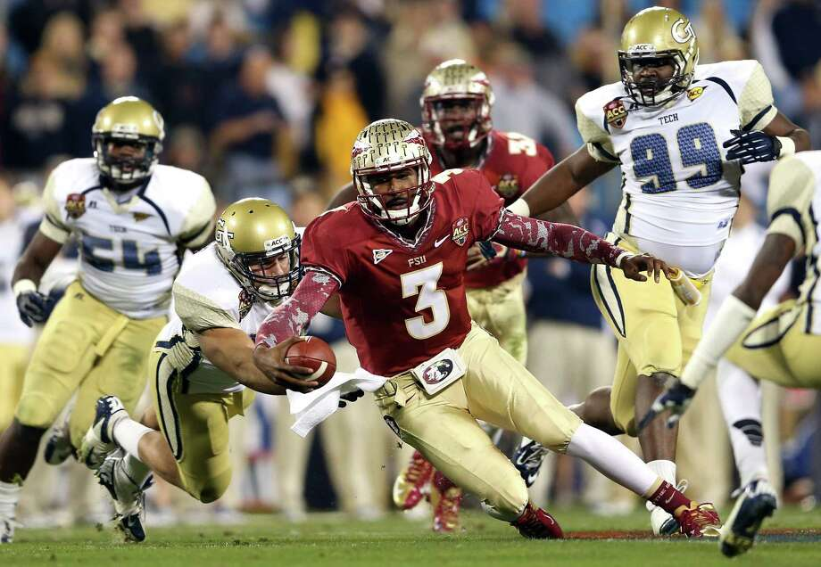 Florida State quarterback EJ Manuel shows off his scrambling ability. Photo: Streeter Lecka, Staff / 2012 Getty Images