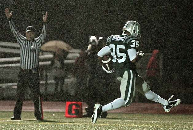 De La Salle Kamron Akukoro dances into the end zone for a fourth quarter touchdown against Logan High School for the NCS Division 1 title Saturday Dec. 1, 2012, at Dublin High School in Dublin, California. Photo: Lance Iversen, The Chronicle