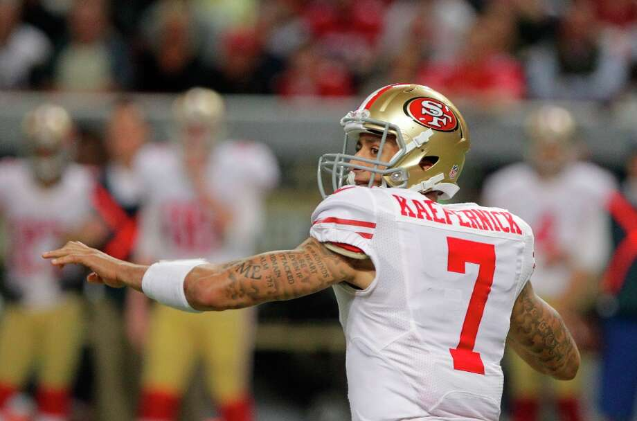 San Francisco 49ers quarterback Colin Kaepernick looks to throw during the second quarter of an NFL football game Sunday, Dec. 2, 2012, in St. Louis. Photo: Seth Perlman, Associated Press / AP