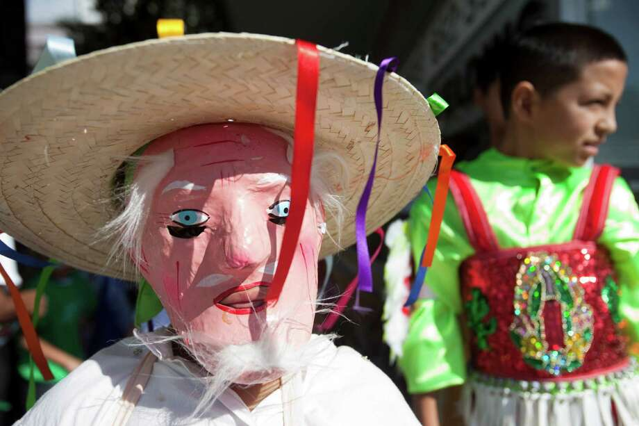 christmas on the southern border can be a bit - How Is Christmas Celebrated In Mexico