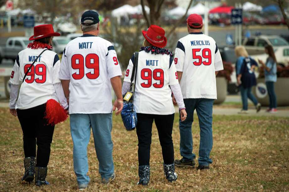 Vicki and David Snokhous along with Lauri and William Baker, all from Houston, show their Texan pride in Nashville. Photo: Smiley N. Pool, Houston Chronicle / © 2012  Houston Chronicle