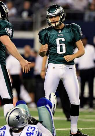 Philadelphia Eagles kicker Alex Henery (6) celebrates after making a field goal against the Dallas Cowboys during the second half of an NFL football game, Sunday, Dec. 2, 2012, in Arlington, Texas. (AP Photo/LM Otero) Photo: LM Otero, Associated Press / AP