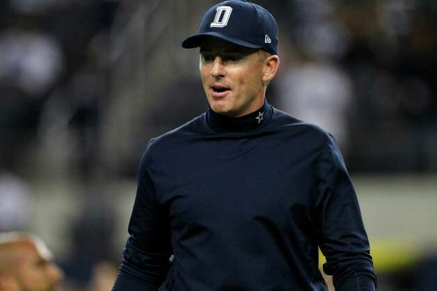 Dallas Cowboys head coach Jason Garrett on the field before an NFL football game against the Philadelphia Eagles Sunday, Dec. 2, 2012, in Arlington, Texas. (AP Photo/Tony Gutierrez) Photo: Tony Gutierrez, Associated Press / AP