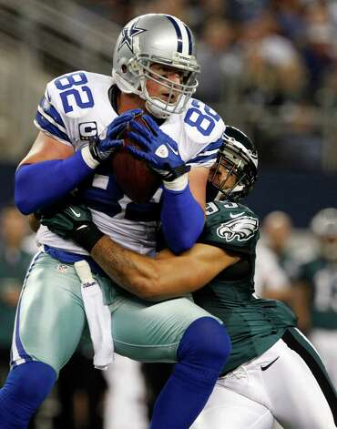 Philadelphia Eagles outside linebacker Mychal Kendricks (95)tackles Dallas Cowboys tight end Jason Witten (82) during the first half of an NFL football game Sunday, Dec. 2, 2012 in Arlington, Texas. (AP Photo/Tony Gutierrez) Photo: Tony Gutierrez, Associated Press / AP