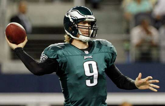 Philadelphia Eagles quarterback Nick Foles (9) passes the ball against the Dallas Cowboys during the first half of an NFL football game Sunday, Dec. 2, 2012 in Arlington, Texas. (AP Photo/Tony Gutierrez) Photo: Tony Gutierrez, Associated Press / AP