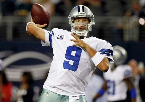 Dallas Cowboys quarterback Tony Romo (9) warms up before an NFL football game against the Philadelphia Eagles Sunday, Dec. 2, 2012 in Arlington, Texas. (AP Photo/Tony Gutierrez) Photo: Tony Gutierrez, Associated Press / AP