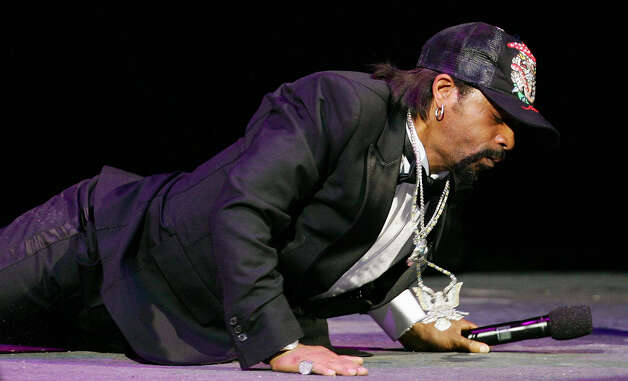 Comedian Katt Williams performs at The Colosseum at Caesars Palace at The Comedy Festival Nov. 15, 2006, in Las Vegas, Nev. Photo: Ethan Miller / Getty Images