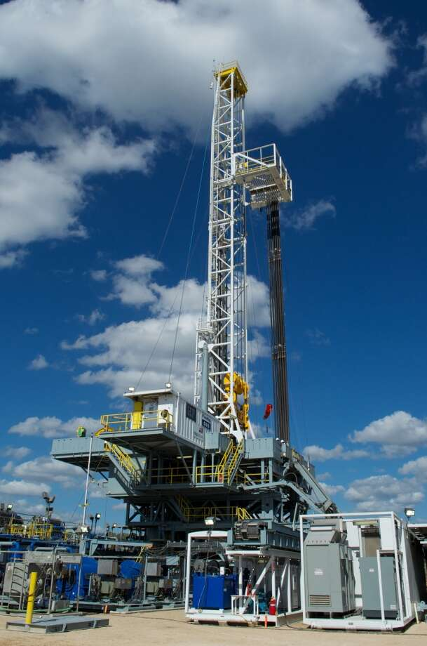 One of BHP Billiton Petroleum s 30 Eagle Ford drilling rigs.