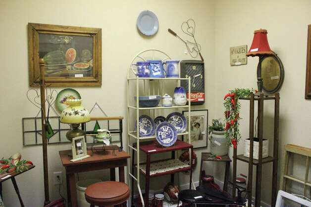Seven Sisters, a resale shop located at 1226 Port Neches Ave., boasts seven rooms with merchandise ranging from antiques to clothing. Photo: Julie Chang
