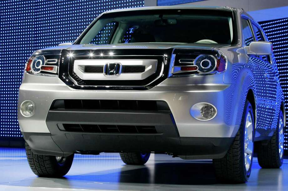 2009 Honda Pilot: The Pilot's $141 average repair bill ranked it among the lowest in the 100 vehicles surveyed. Owners may also be happy to hear that mechanics had few reasons to be working on the 2009 Pilot. Photo: Gary Malerba / AP
