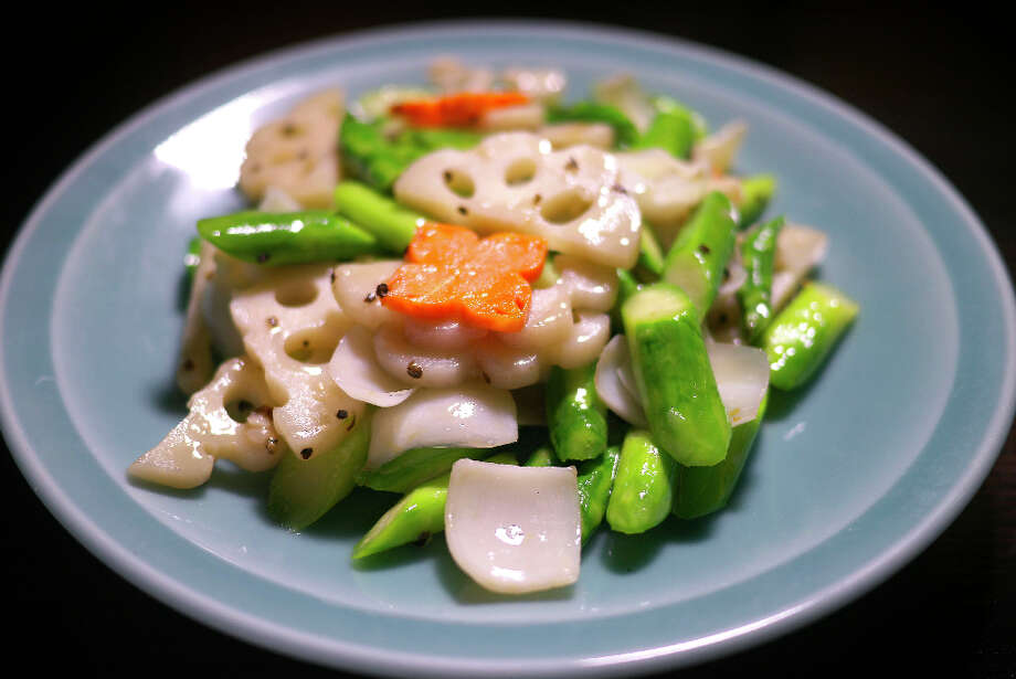 Stir-fry lotus root, asparagus and black pepper ($12)