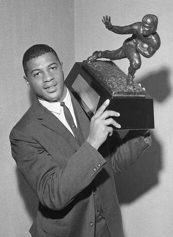 "Ernie Davis, the 1961 victor, was called ""The Elmira Express"" because he grew up in Elmira, N.Y. Photo: Jack Harris, Associated Press / AP1961"