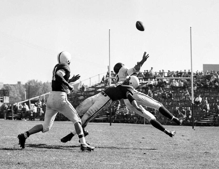 1950: Vic Janowicz  School: Ohio State Position: RB  Class: Junior