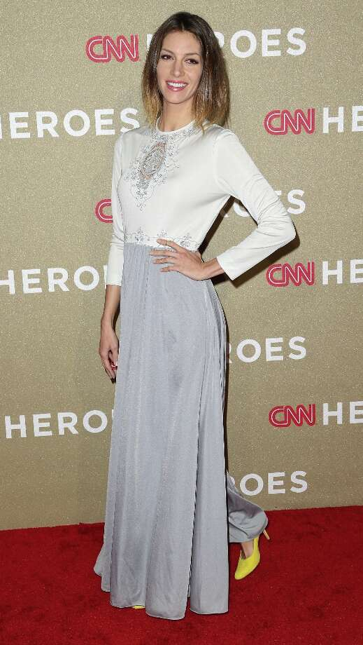 Actress Dawn Olivieri attends the CNN Heroes: An All Star Tribute at The Shrine Auditorium on December 2, 2012 in Los Angeles, California.  (Photo by Frederick M. Brown/Getty Images) Photo: Frederick M. Brown, Getty Images / 2012 Getty Images
