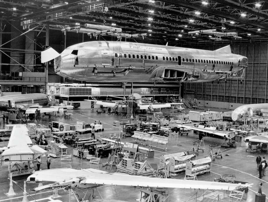 The first Boeing 737-300 is assembled in 1983 in Renton. Photo: BOEING PHOTO