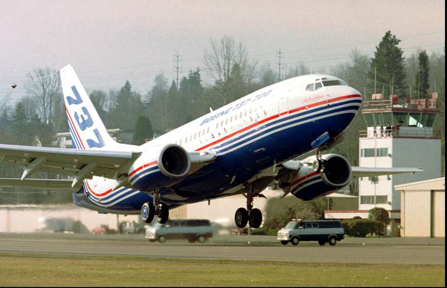 The first Boeing 737-700 takes off on its first flight Sunday, Feb. 9, 1997 from Renton. Photo: KARIE HAMILTON/AP, Associated Press / AP