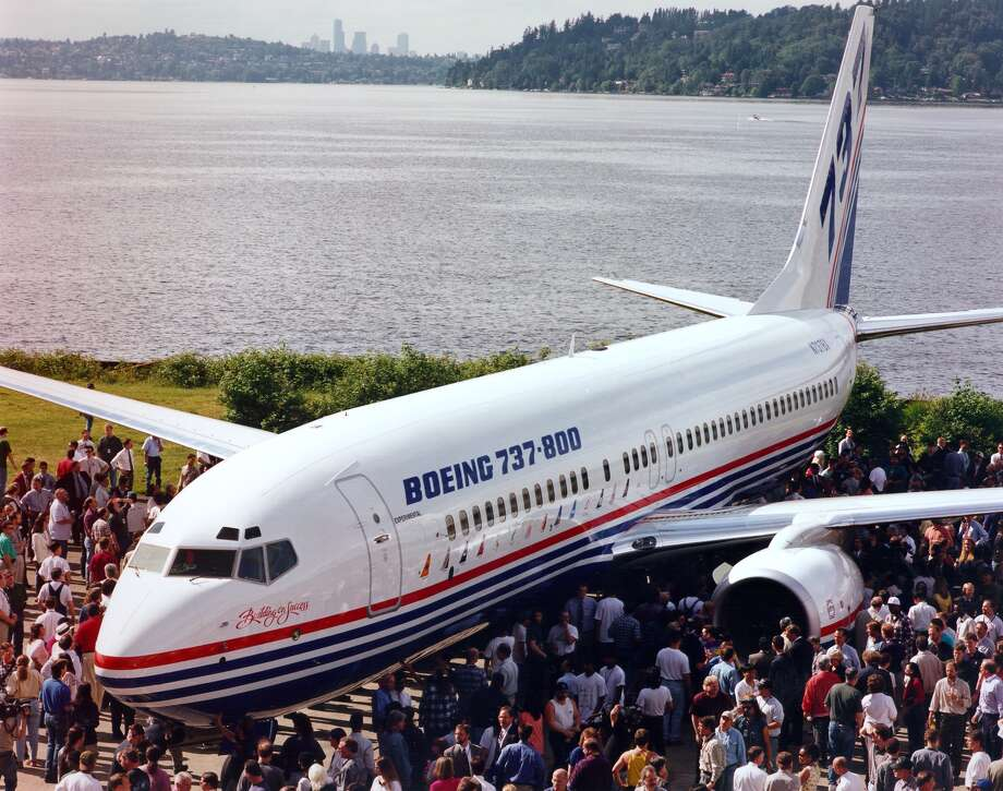 The Boeing 737-800 makes its debut on June 30, 1997 in Renton. Photo: BOEING HANDOUT