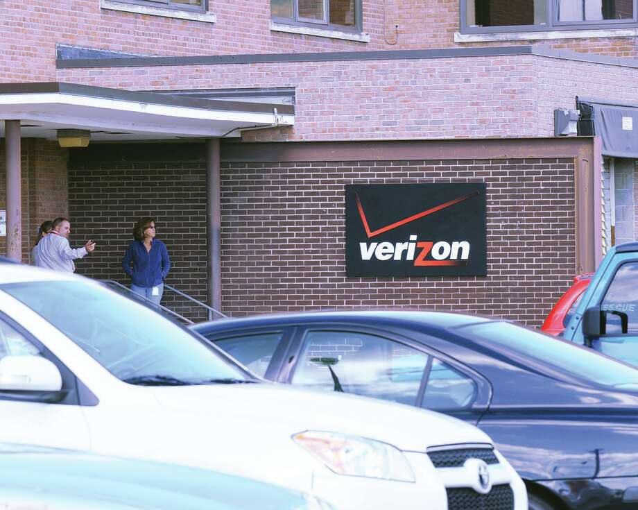Emergency workers were dispatched to a Verizon bill collecting site in Mendands N.Y., Monday morning, Oct. 22, 2012, after a suspicious substance was discovered in a phone bill envelope. The building was evacuated while officials assessed the situation. No charges have been filed. (Will Waldron / Times Union) Photo: Will Waldron