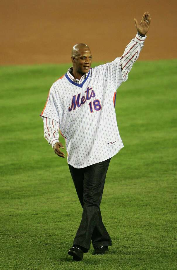 Darryl Strawberry: The former Mets star has been plagued with tax troubles for decades. In January 2012, it was reported that he still owes over $400,000 to the IRS. Photo: Chris McGrath, Getty Images / 2006 Getty Images