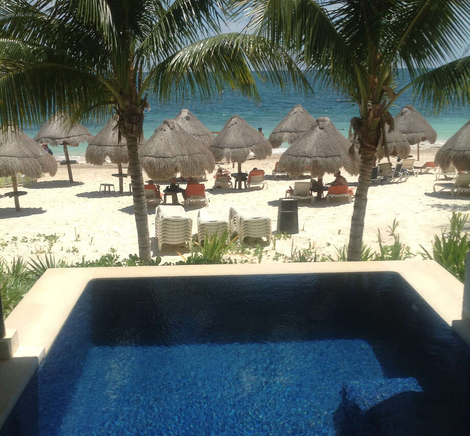The Presidential Suite at the Dreams Riviera Cancun offers a  beach view. Photo: Courtesy Mary Jo Salas, Courtesy Mary Jo Salas