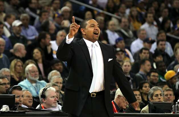 Golden State Warriors' head coach Mark Jackson calls out a play during the first half of an NBA basketball game with the Orlando MagicÕ in Oakland, Calif., Monday, Dec. 3, 2012 Photo: Lance Iversen, The Chronicle